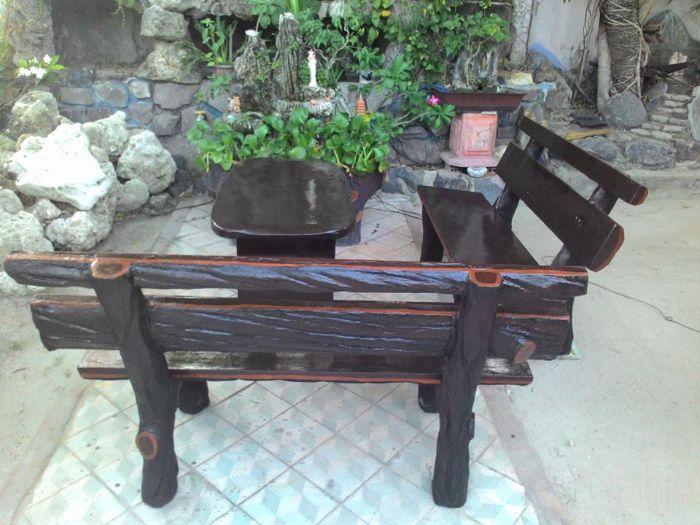 Lựa chọn chất liệu và kiểu thiết kế bàn ghế gỗ phù hợp