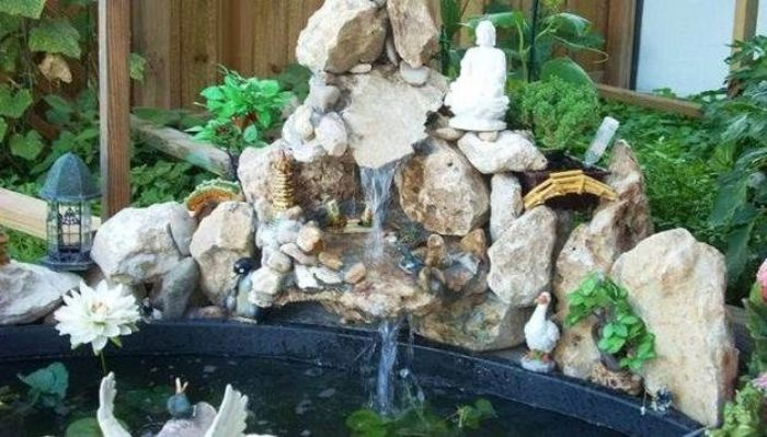 Thác nước hòn non bộ là kiểu thác nước mang đậm nét thiên nhiên