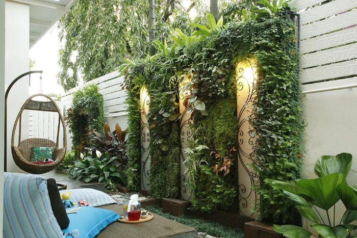 Trang trí tường sân vườn bằng cây xanh dựa trên mô hình vườn tường đứng